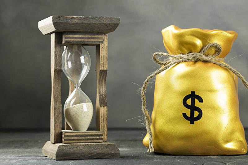 サラリーマンがお金持ちになるには時間がかかる話